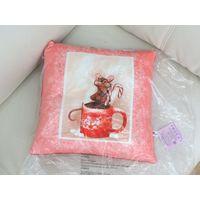 Подушка декоративная Мышка с кружкой/новая