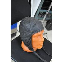 Шлем немецкого пилота из натур.кожи на стриженном барашке. Все Данные см.на этикетке.