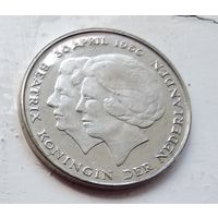 Нидерланды 1 гульден, 1980 Коронация королевы Беатрис 5-3-6
