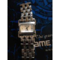 Часы с бриллиантами Balmain Taffetas 2099