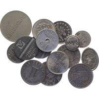 Лот из 15 жетонов Мира.