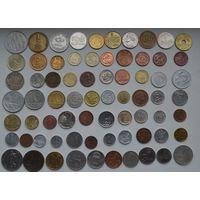 Лот 70 монет разных стран мира