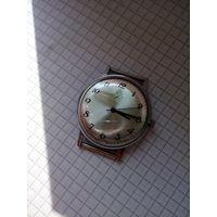 """Часы """"Луч 2209""""костюмные ультратонкие Неношеные в люксе !!!"""