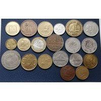 20 разных монет одним лотом