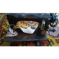 Машинка  швейная (старая)