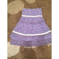 Штроксовая юбка на 8-9 лет на рост 128-135 см. Очень стильная и красивая юбка с кружевами. Длина 58 см, ПОталии 31 см.