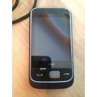 Телефон HTC, хорошее состояние. Рабочий. В комплекте инструкция и зарядное устройство. Торг не уместен.